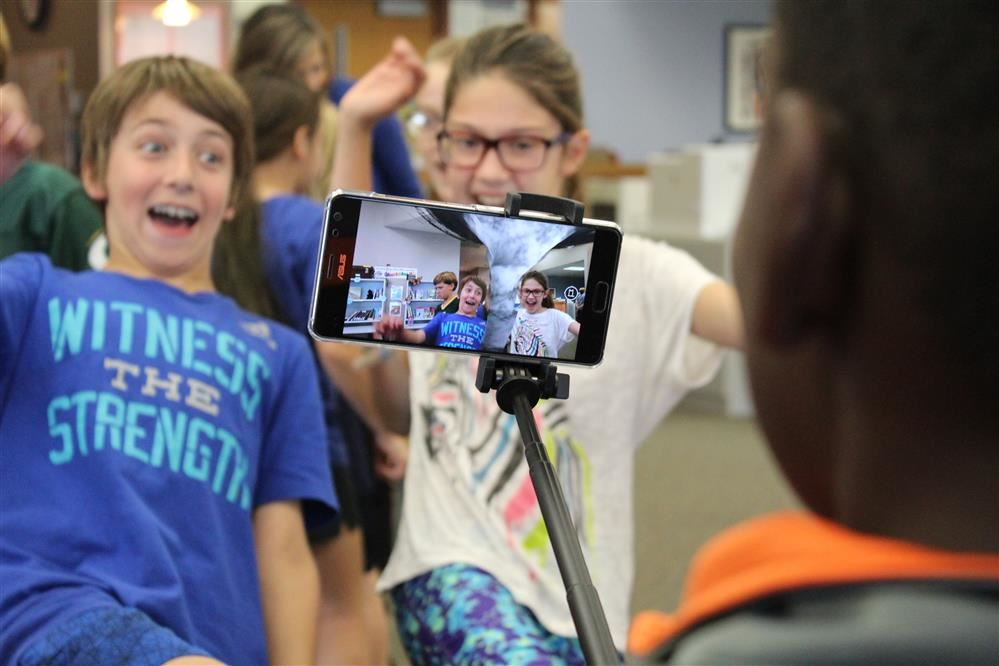 Video: Augmented reality generates excitement in District 25